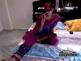 Shilpa Bhabhi Hot Indian Wife Boobs