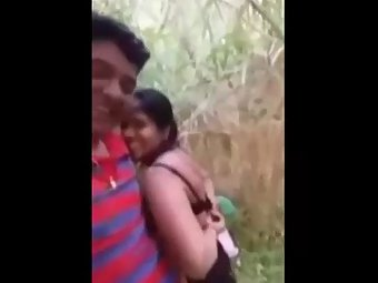 Indian couple having open air romance on date mms scandal
