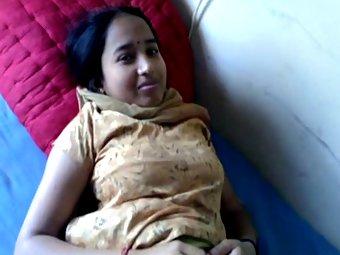 Rai Barely Hot Indian Babe Urvashi