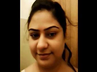 Pakistani Porn Babe Wafa Quick Sex